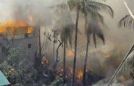 রাঙ্গামাটি শহরের কাঠাঁলতলী এলাকায় আকস্মিক আগুনে জ্বলছে অন্তত ২০টি বসত ঘর